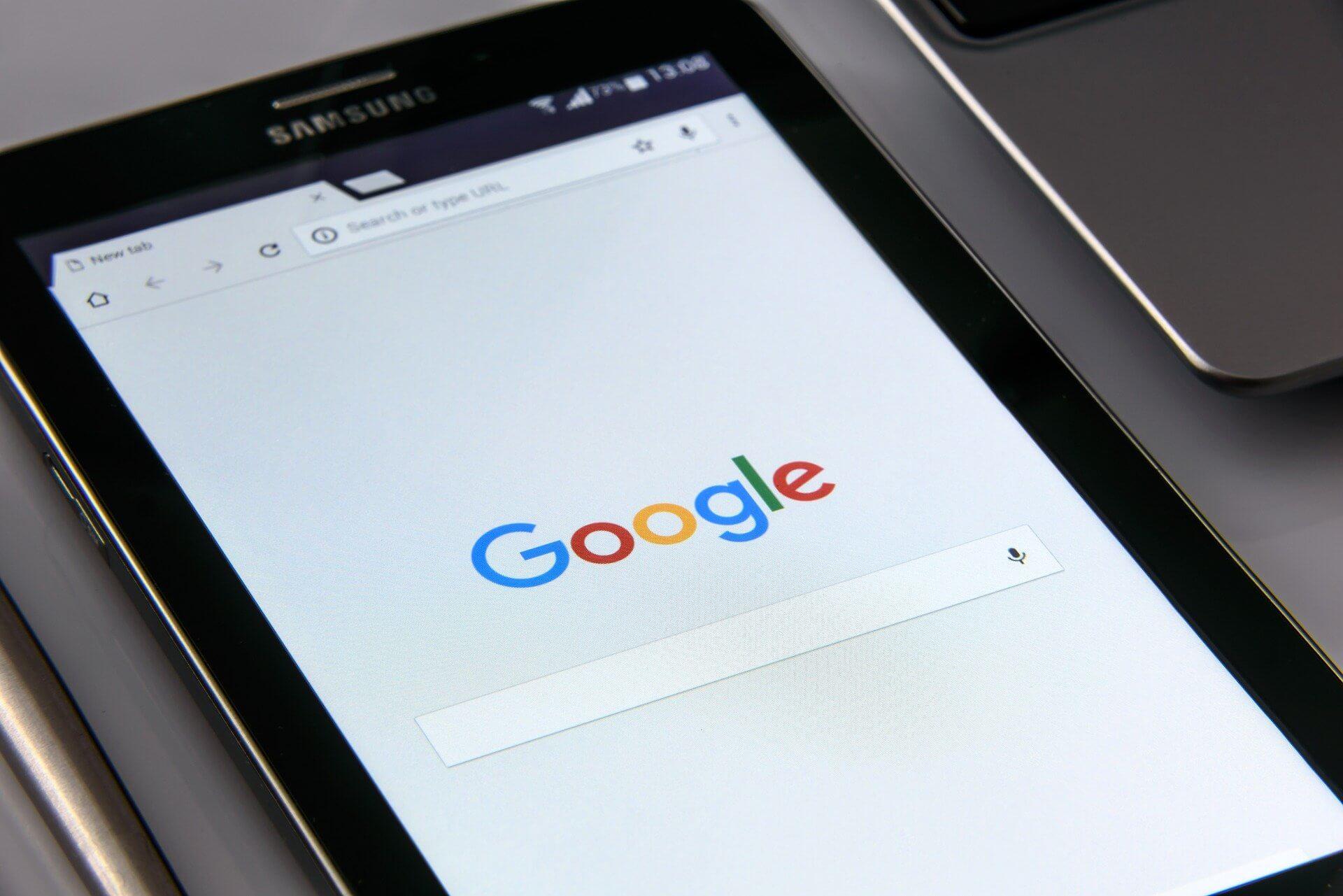 Google AMP - Google auf Tablet geöffnet